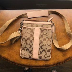 Coach Signature C Crossbody Messenger Bag